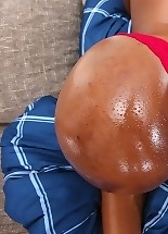 Hot big black boob and big black ass girl Oceana shows awesome black ass and pussy.